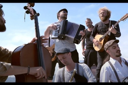 The Celtic Tramps - Le Forban Official Video french celtic folk music